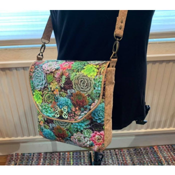 The Button Lock Bag from Sewing Patterns by Mrs H - made by Judy Yates