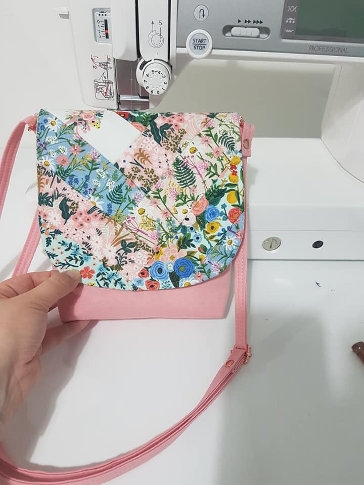 The Crossbody Bag by Sewing Patterns by Mrs H